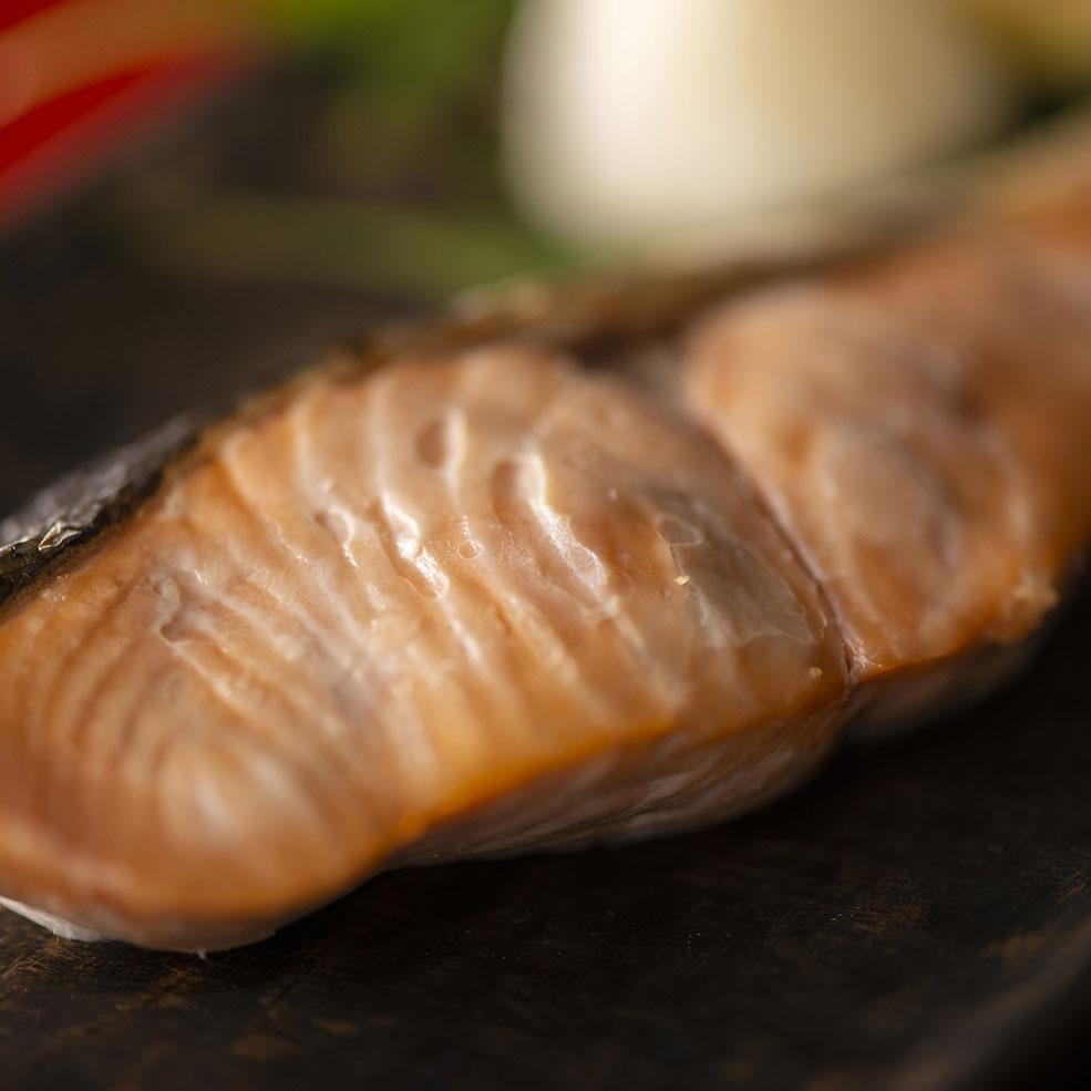 別海漁協 献上西別鮭 新巻鮭 姿切身