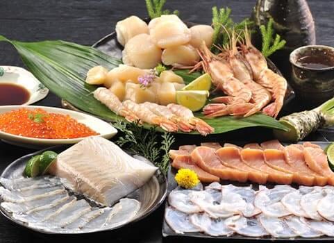 いくら醤油漬け・刺身用ひらめ・ほたて貝柱・ボタンえび・秋鮭スライス・たこ薄造り商品イメージ